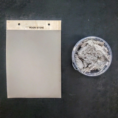 Image of   Fácil Spartel - Moon Stone