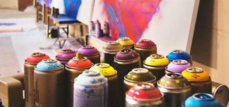 DIY guide til spraymaling - Pift dine ting op på den nemme måde med flotte farver thumbnail